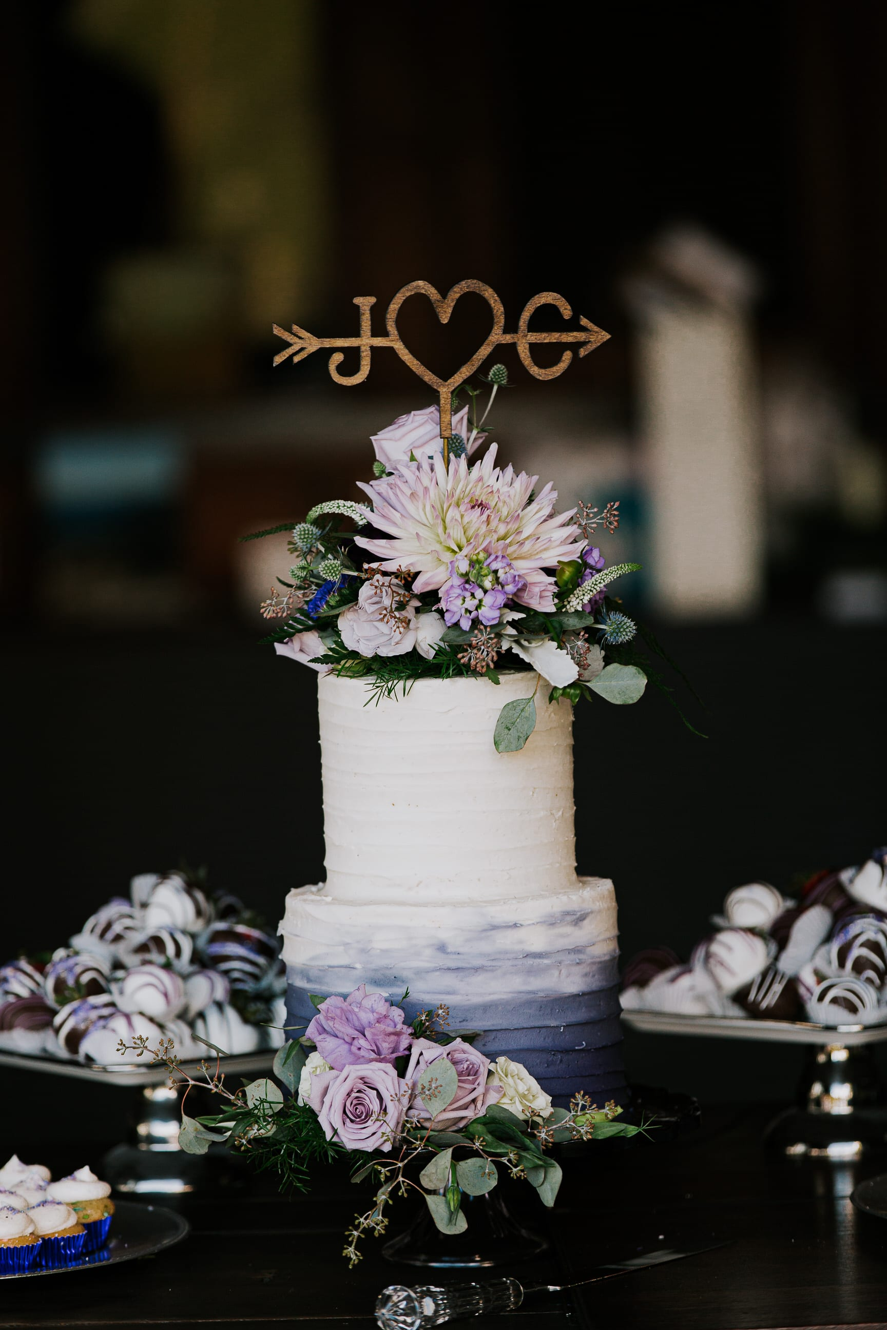 detail of wedding cake