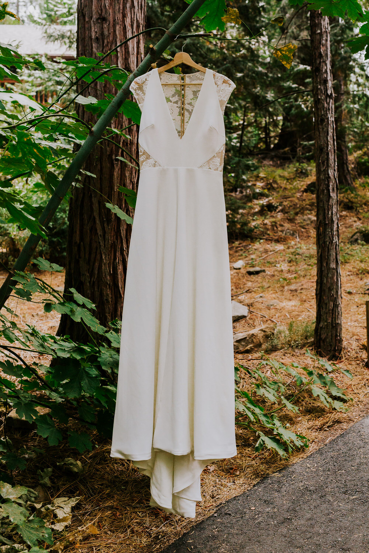 bride's wedding dress for Yosemite wedding